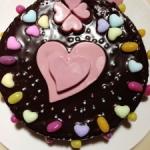 バレンタインデーにチョコレートケーキ